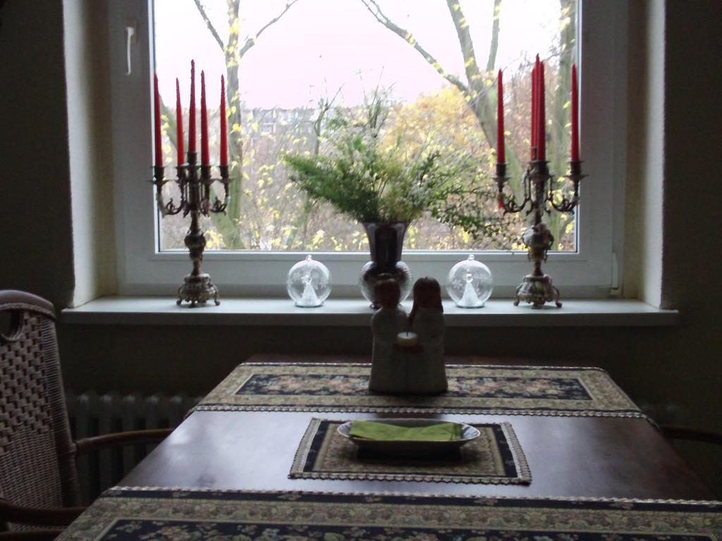 dekoideen herbst gartenelfe. Black Bedroom Furniture Sets. Home Design Ideas